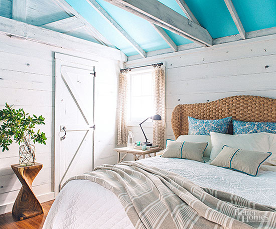 Lake Cabin Tour - bedroom