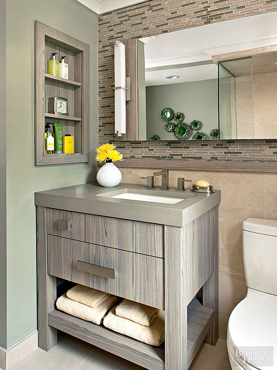 Gorgeously Grounded Bathroom