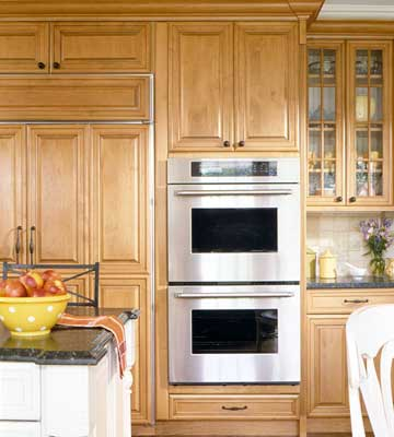 Must-Have Kitchen Features on home items, sports items, black items, beach items, baking items, cooking items, indian items, bedroom items, library items, lunch room items, grocery items, nursery items, baby items, shower items, japanese items, restaurant items, miscellaneous items, space items, pantry items, cleaning items,