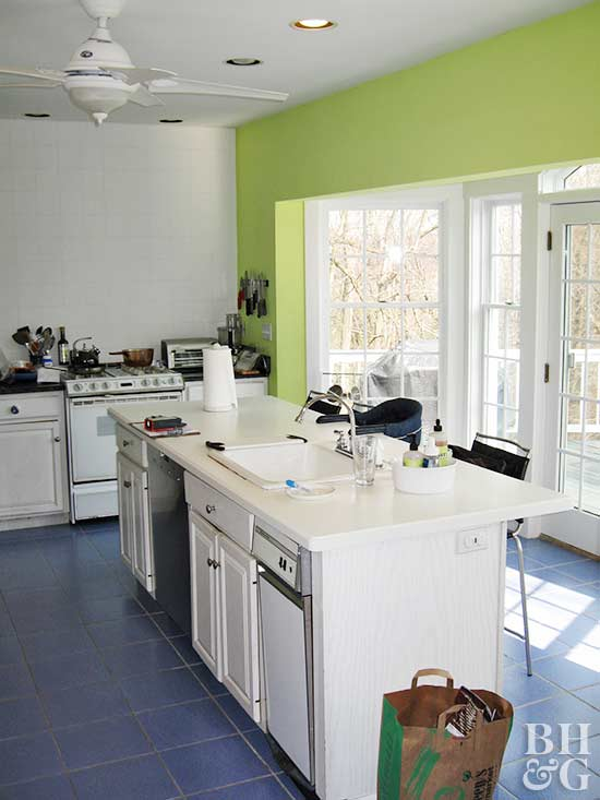 88d137ff86da 20 Unbelievable Before-and-After Kitchen Makeovers