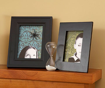 Haunted Photo Frames