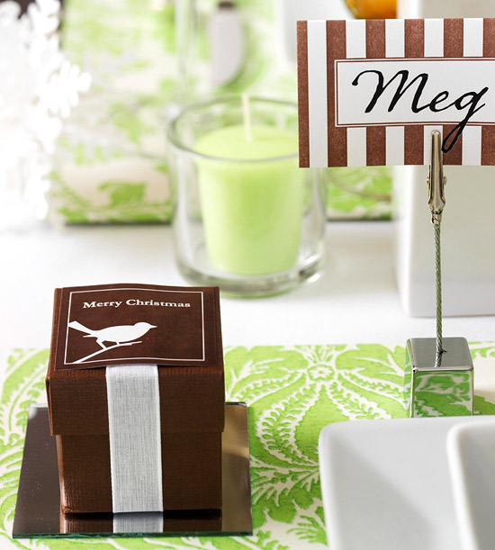 place card and favor