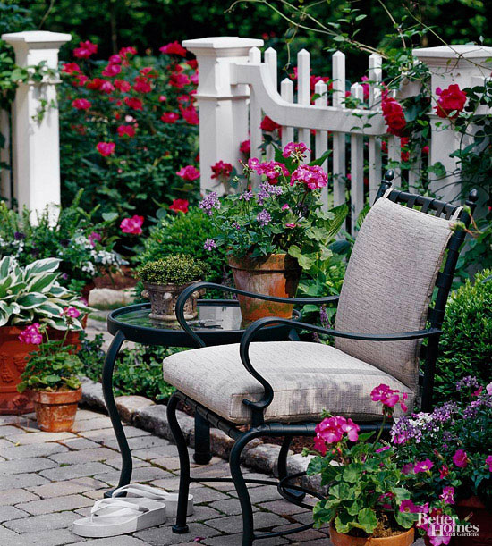 11 Simple Solutions for Small-Space Landscapes | Better ... on Landscape Design Small Area id=26448