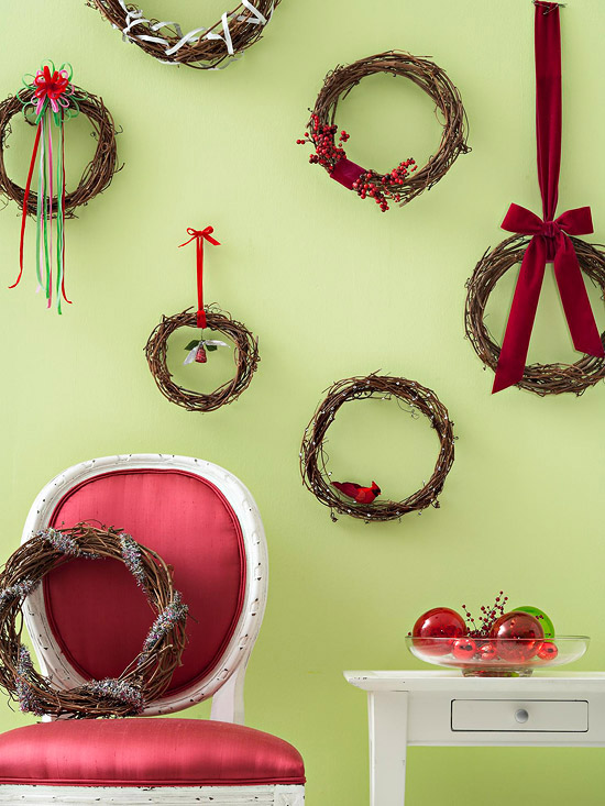 Quick Easy Christmas Wall Decor