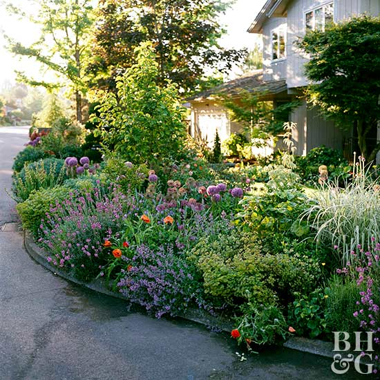 Make Your Yard Feel Bigger