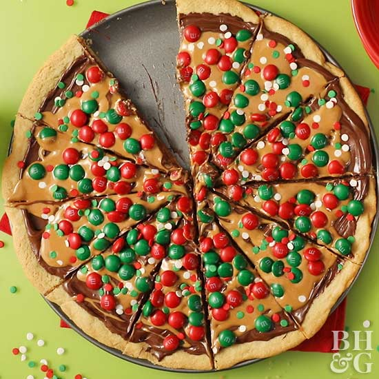 holiday cookie pizza, holiday pizza, , sugar cookie dough