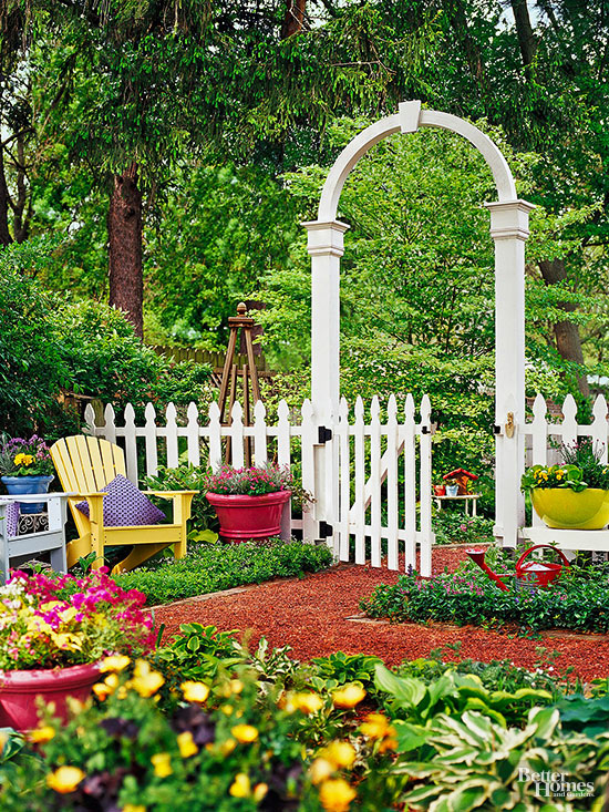 Decorative Fence Ideas Better Homes Amp Gardens
