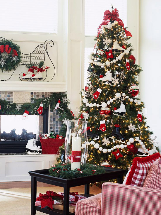 Red And White Christmas Tree Decorations Ideas.46 Stunning Ways To Trim Your Christmas Tree