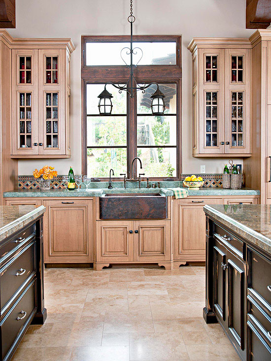 Try Travertine & Fresh Ideas for Kitchen Floors