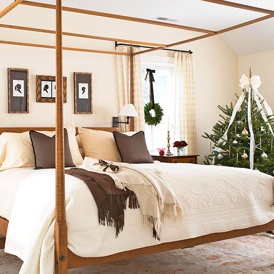 Bedroom: Use Your Current Decorating Scheme