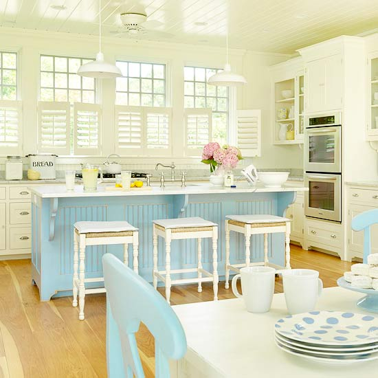 Get the Cottage Look: Shutters