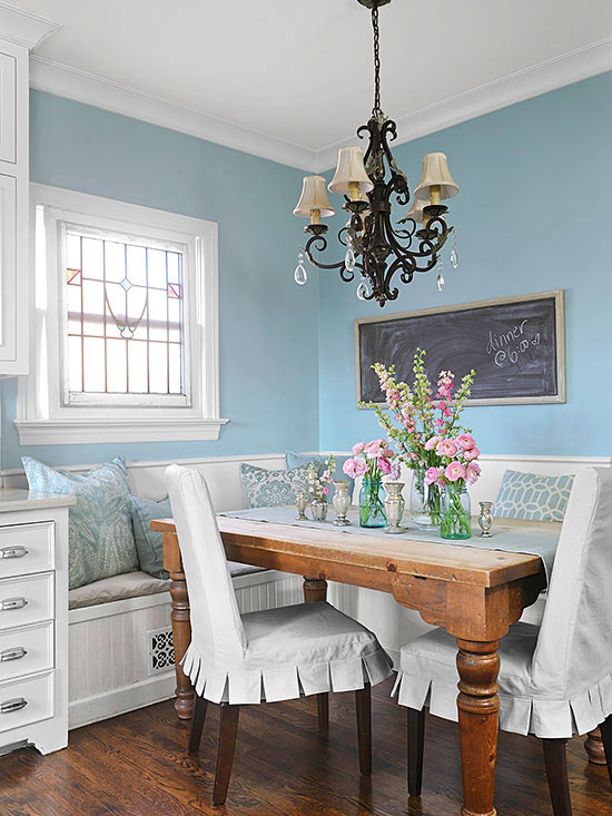 Banquettes For Small Spaces Better Homes Amp Gardens