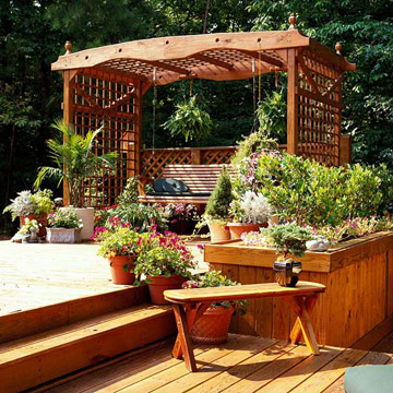 Lovely Lattice Garden Structure