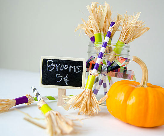 102285658-Striped-Paper-Straw-Witch_Brooms.jpg
