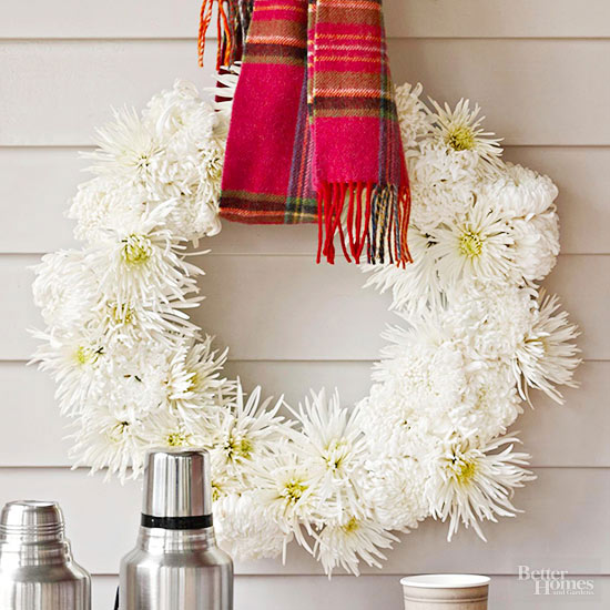 Cozy Fall Mum Wreath