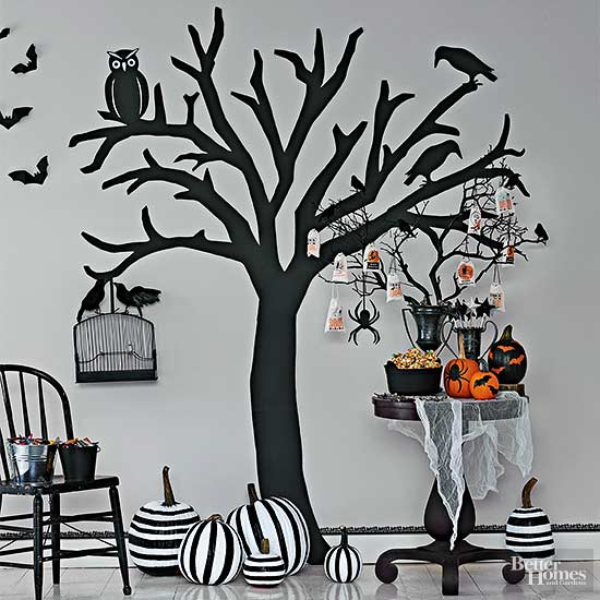 Home Spooky Home: Easy Halloween Crafts