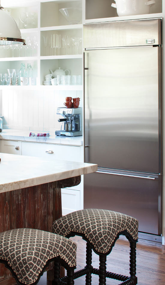 Reclaimed Wood as Island and Cabinet