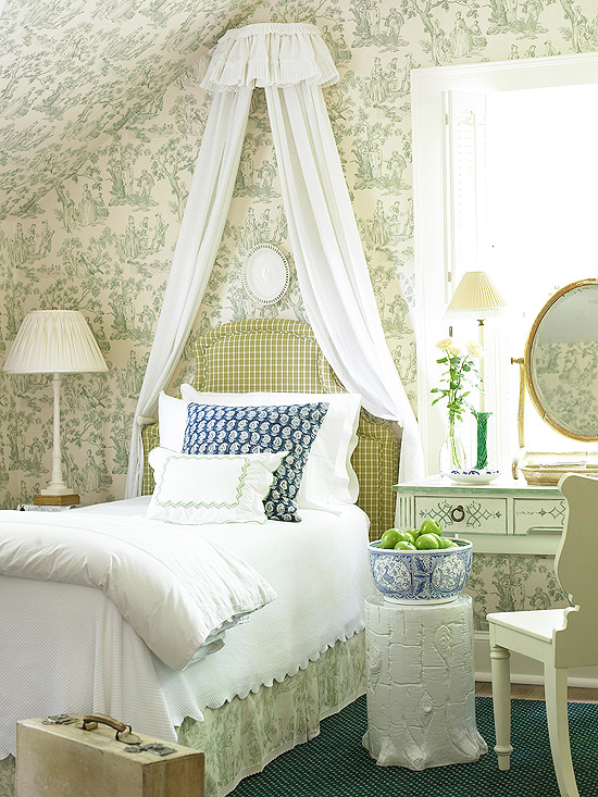 Cozy Cottage-Style Bedrooms You\'ll Fall in Love With