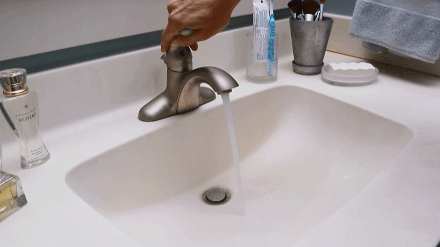 How to Clean a Bathroom Countertop & Sink