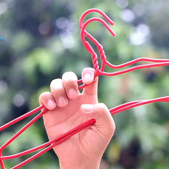 How to Make the Best Use of Your Extra Wire Hangers