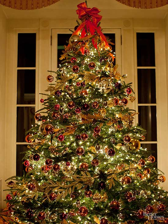 How To Put Lights On A Christmas Tree Better Homes Gardens
