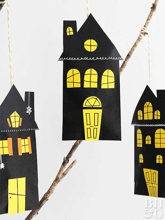 Adorable Miniature Haunted House Favor Bags