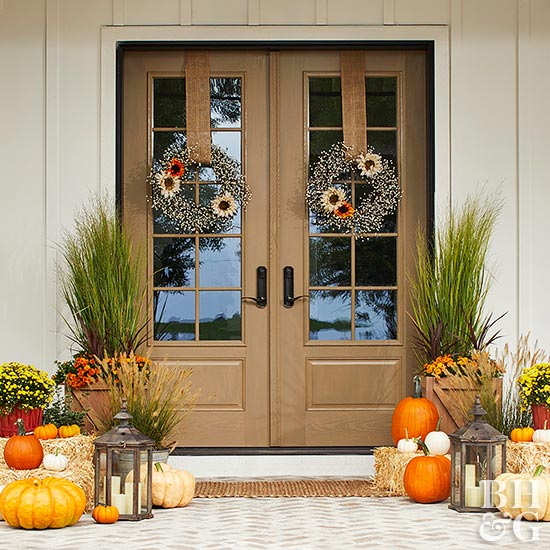 Farmhouse Chic Front Entrance