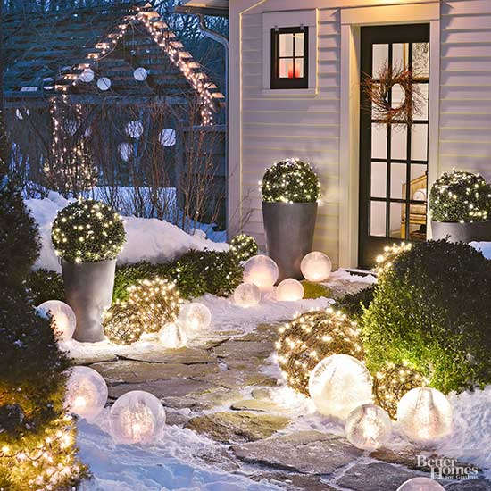 4 Outdoor Light Images