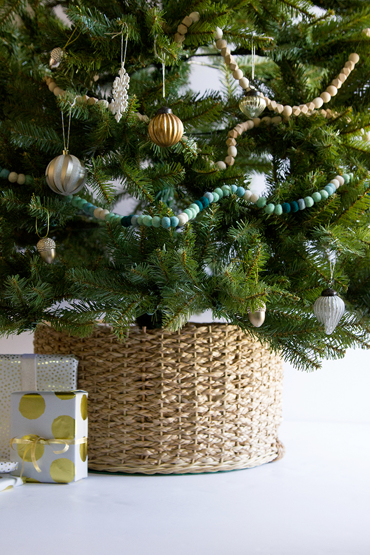 Diy Christmas Tree Collar Better Homes Gardens