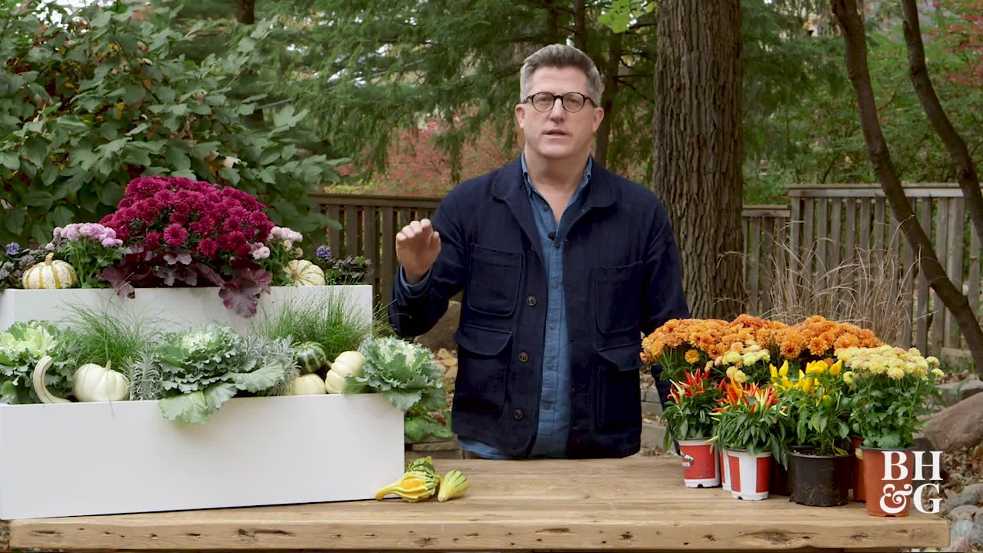 How to Make Beautiful Fall Window Boxes