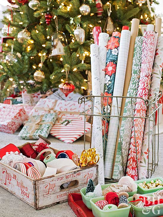 How to Host a Gift Wrapping Party this Holiday Season