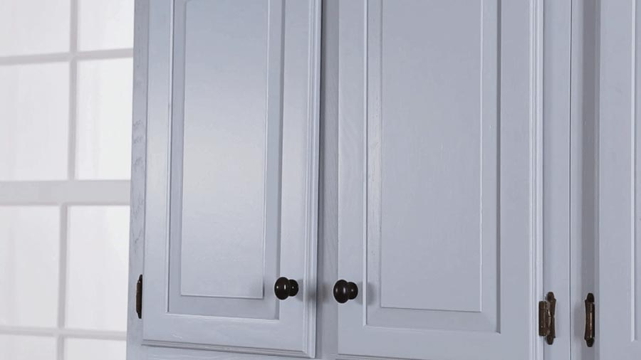 Deciding Upon Simple Methods Of Kitchen Cabinets