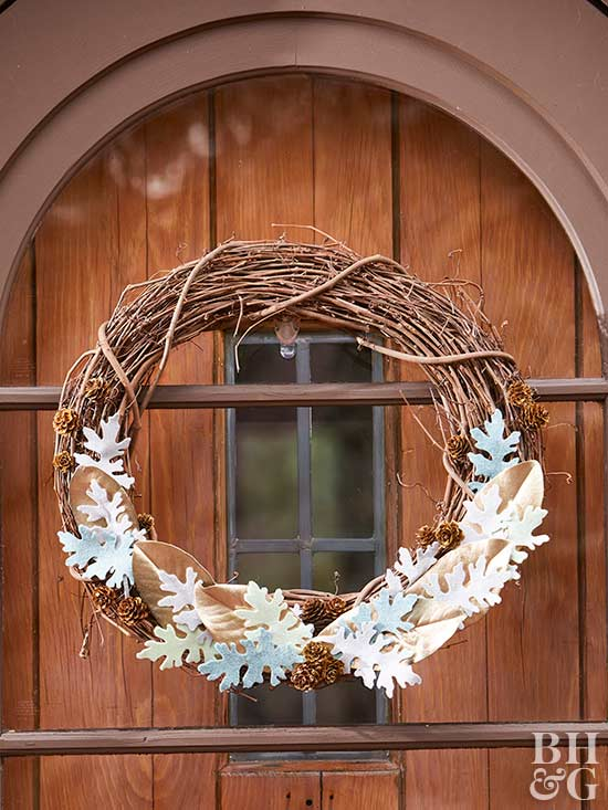 DIY Felt Dusty Miller Wreath