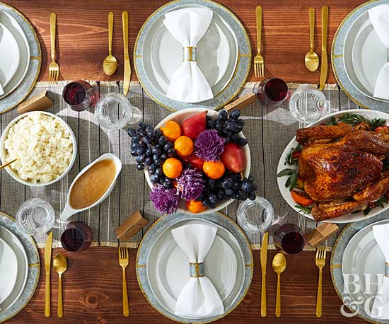 How to Create a Modern Thanksgiving Tablescape