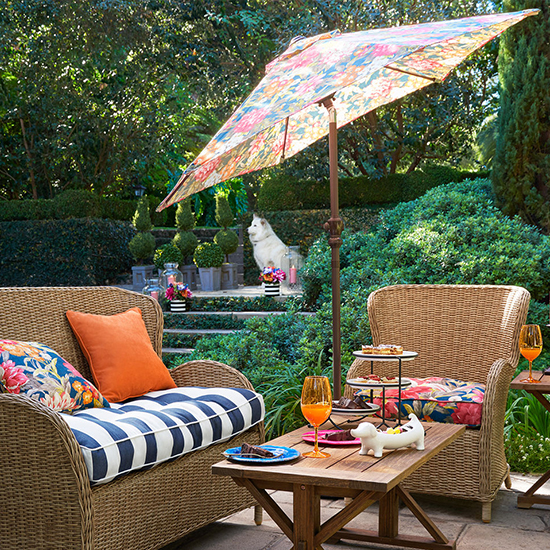 Deal of the Day: 15% Off Patio Umbrellas at Pier 1 Imports