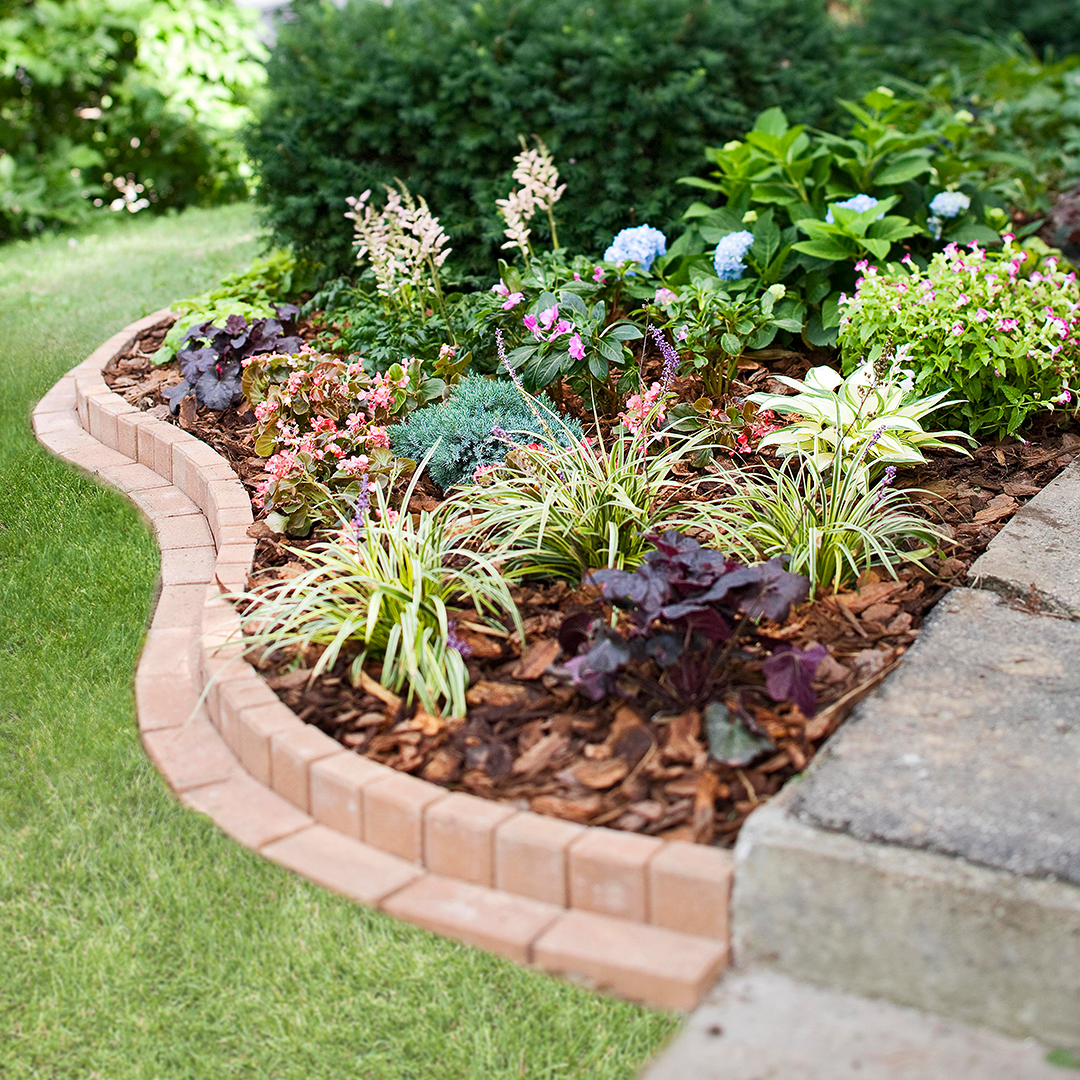 Curved Brick Garden Border Better Homes Gardens