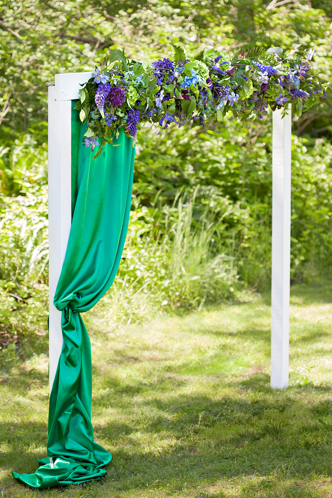 How to Make a Flower-Covered Garden Arch