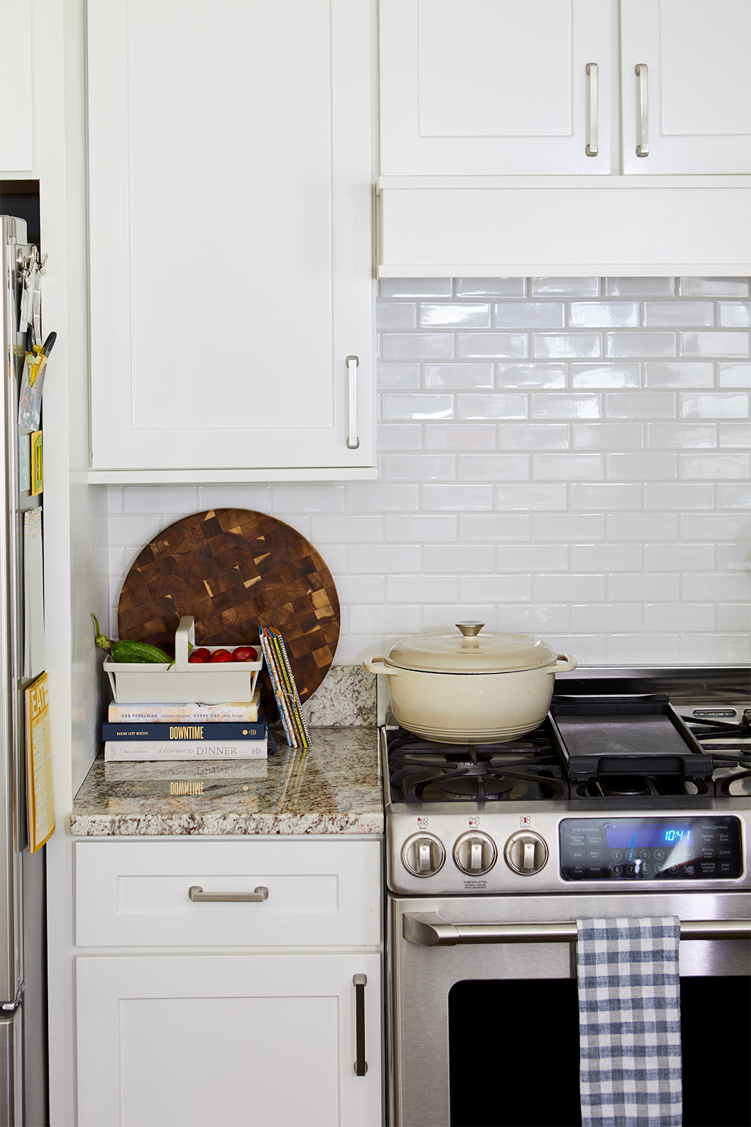 kitchen white tile backsplash