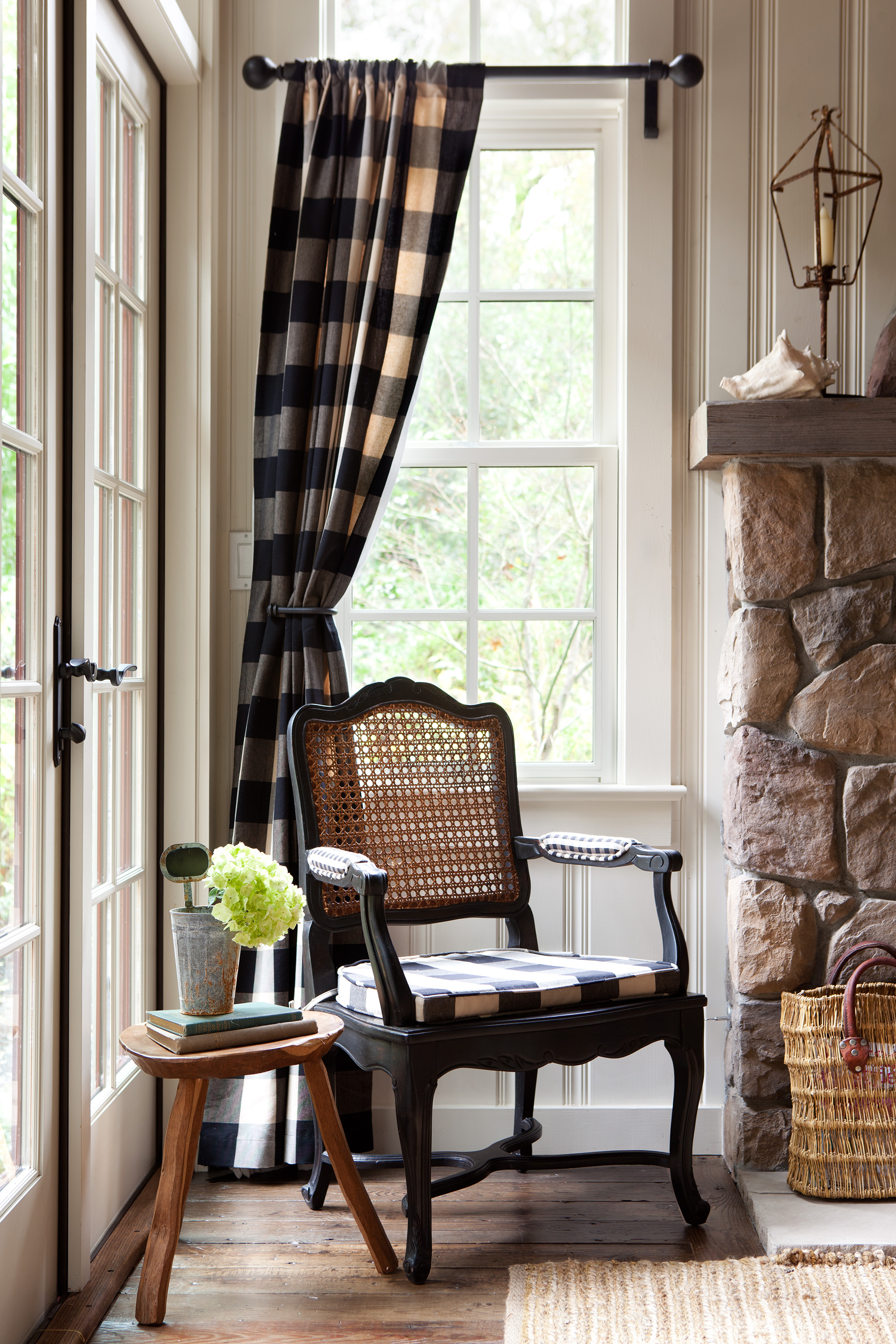 17 Rustic Window Treatments You ll Want to Try Now