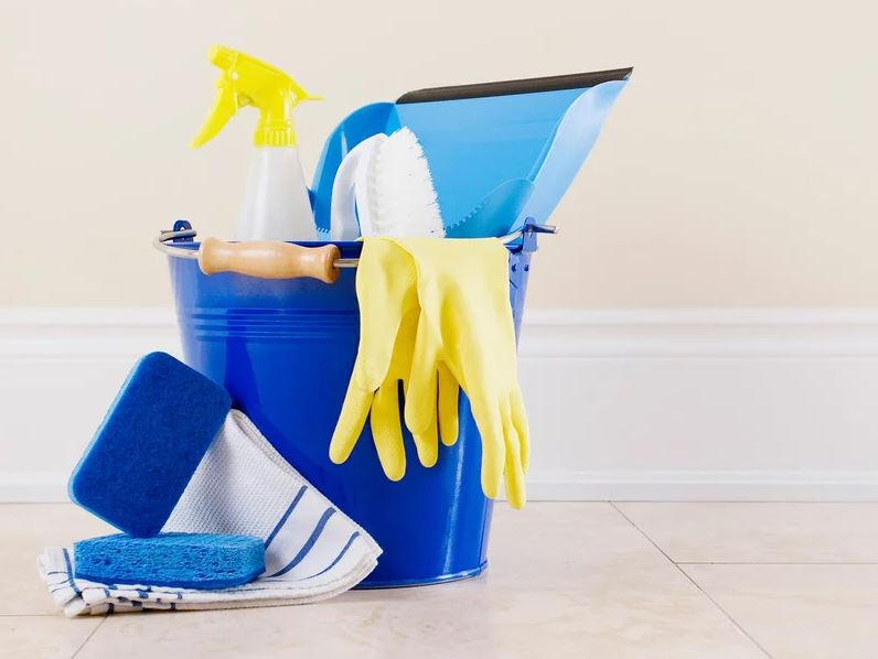 8 Ways to Clean Your Bathroom with Bleach