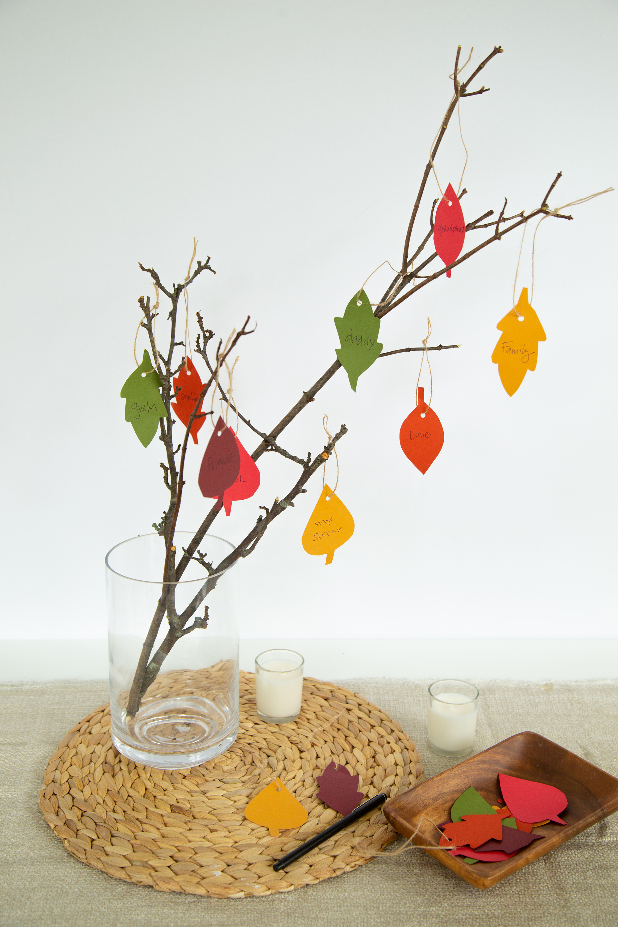 8 DIY Projects to  Bring Thanks To Your Thanksgiving Table
