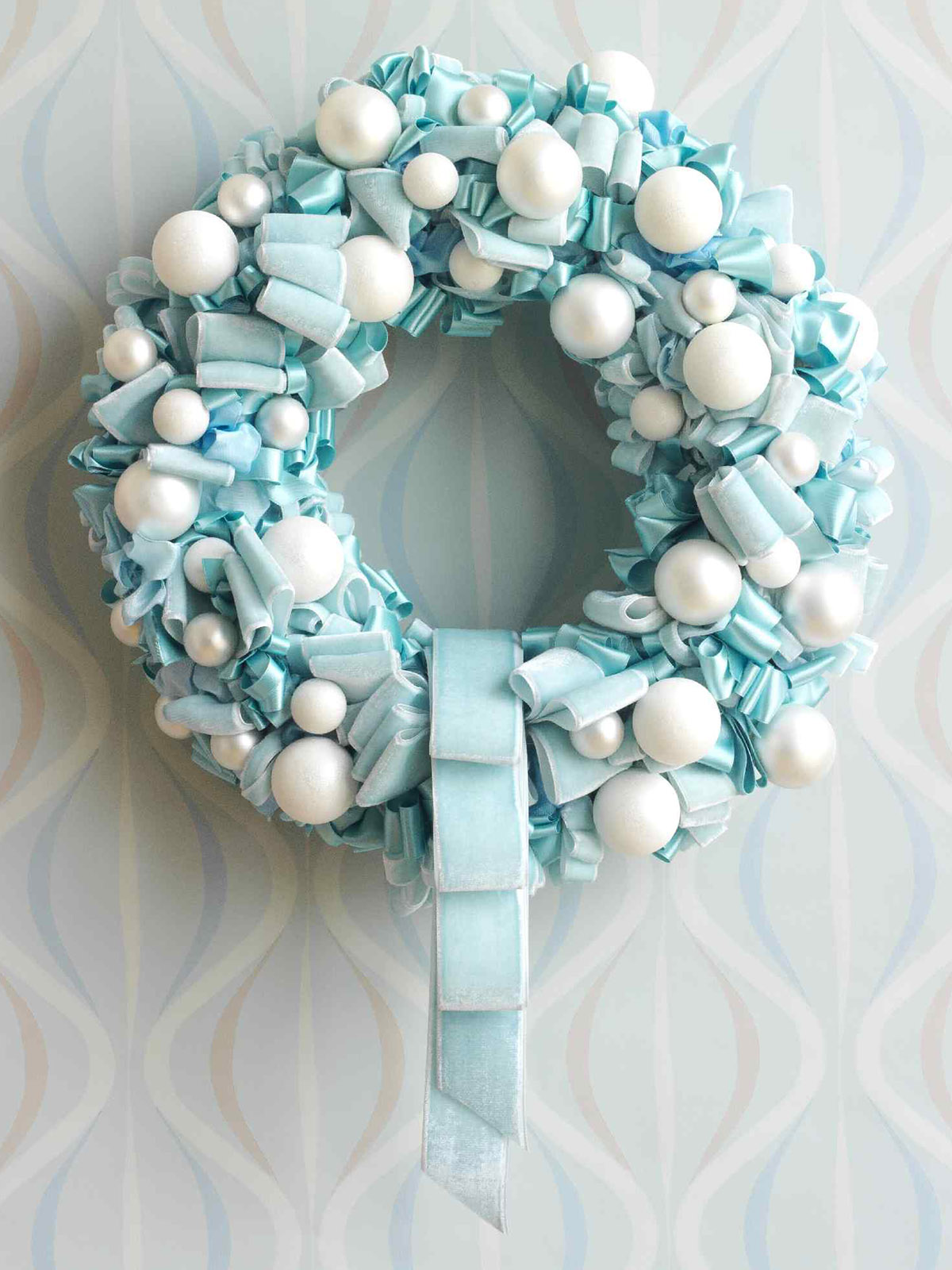 How to Make a Looped Ribbon Wreath that Looks Lux