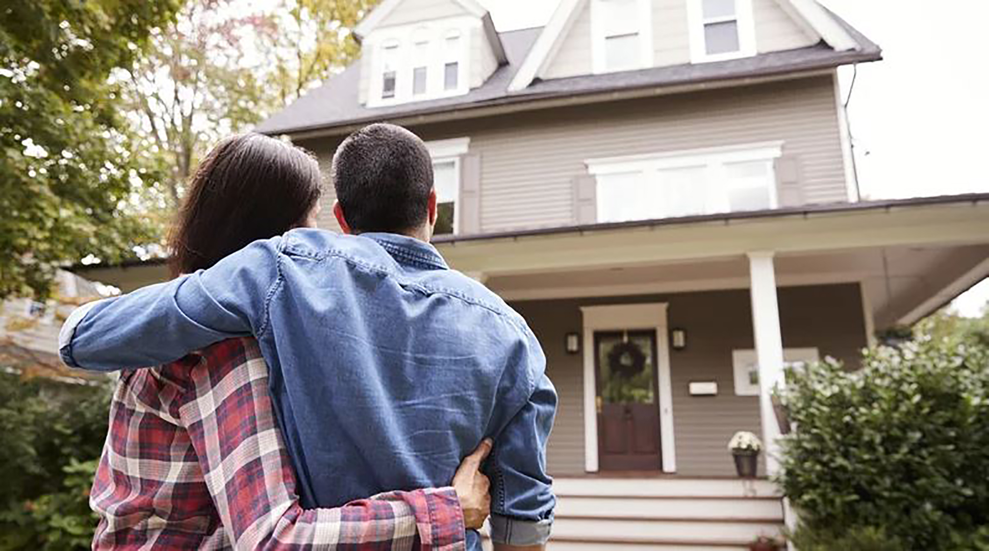 This Is The Average Age of Today's First-Time Home Buyers