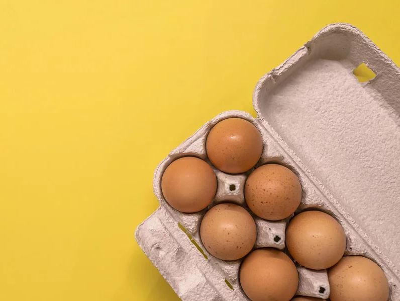 There's a Secret Code That Tells You Exactly When Your Eggs Were Packed—Here's How to Read It
