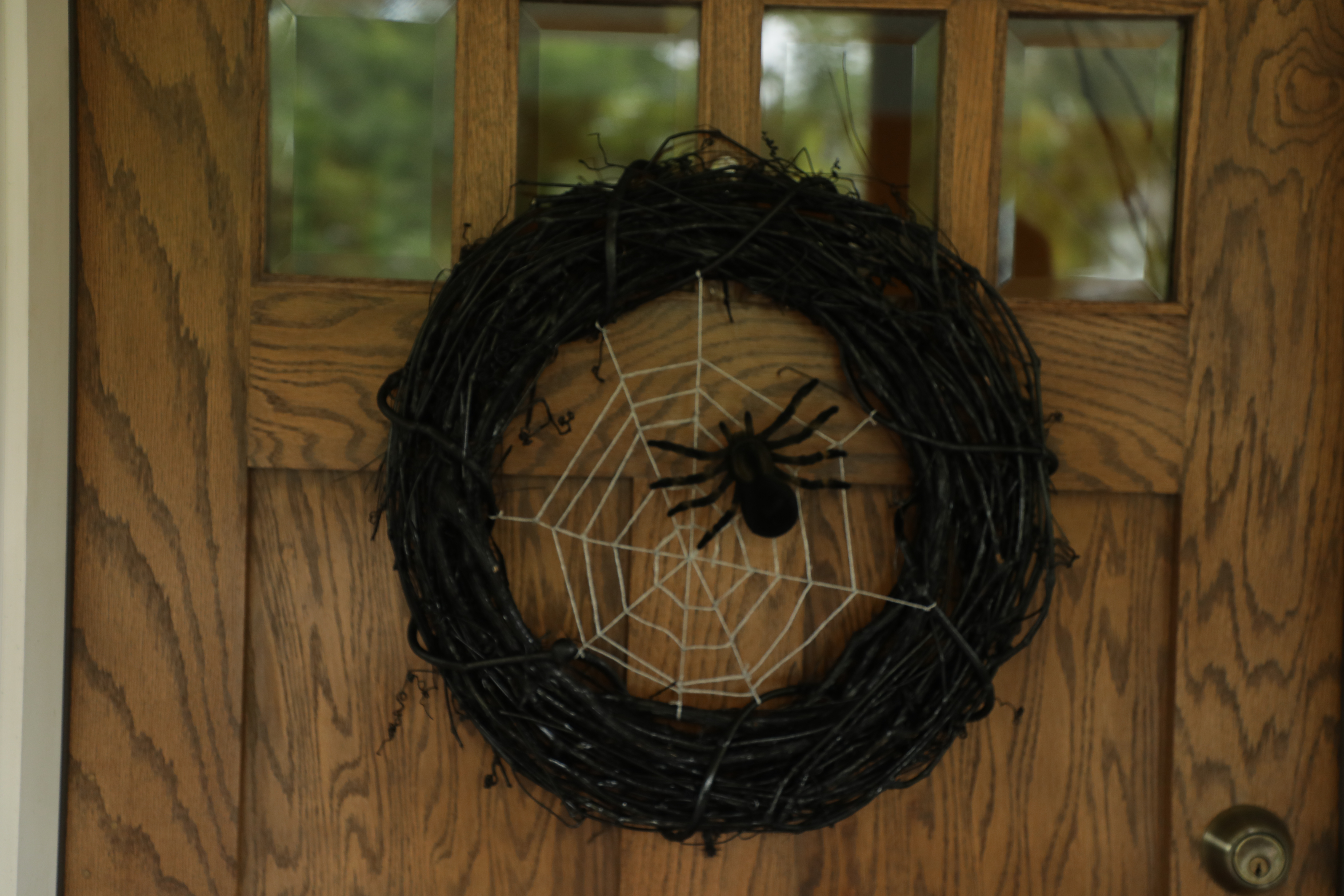 How to Make a Spider Halloween Wreath