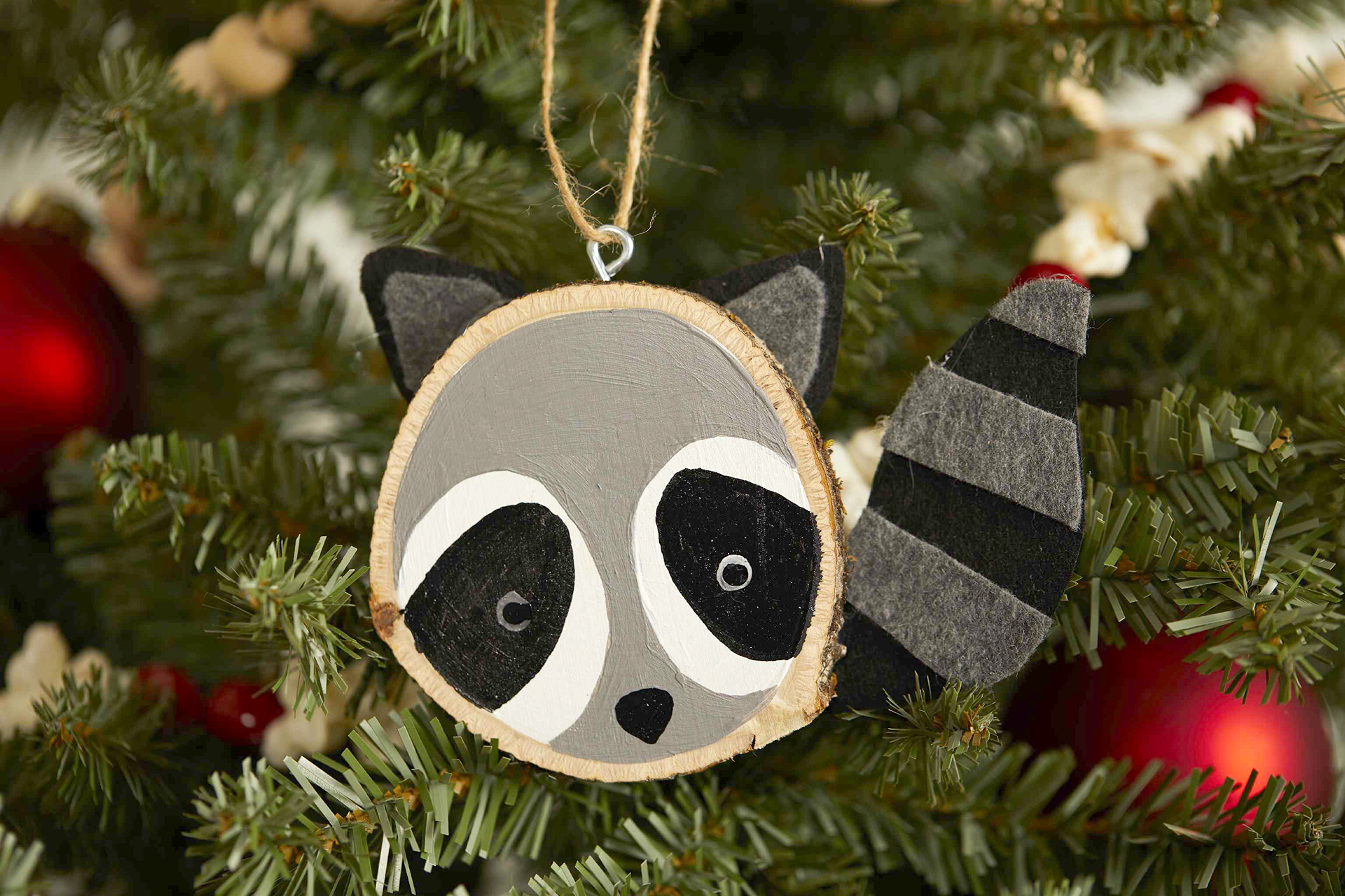 How To Make Wood Slice Animal Ornaments Better Homes Gardens