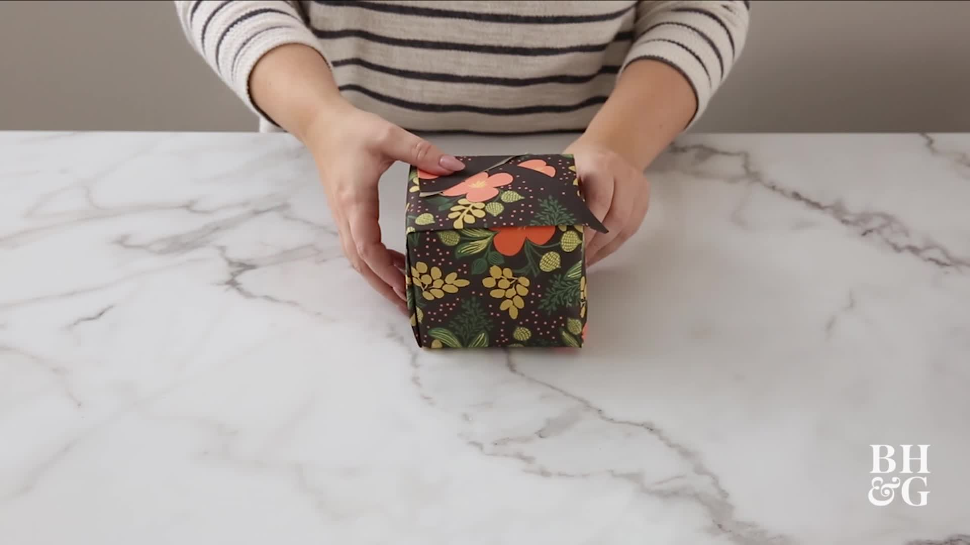 This Japanese Gift Wrapping Technique is Brilliant