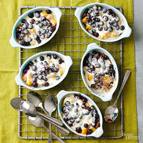 Blueberry Peach Gratin | Homemade Mother's Day Brunches