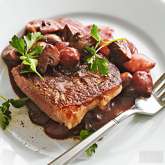 Quick Skillet Steaks with Mushrooms