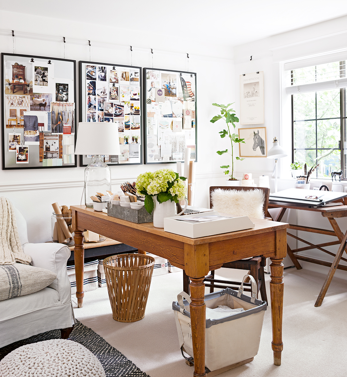 Decorate Your Home Office With Country Style